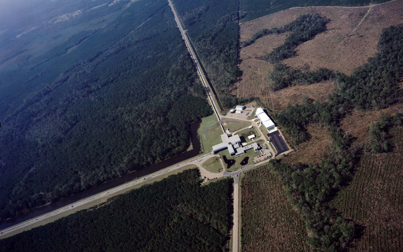 Two LIGO detectors captured gravitational waves.